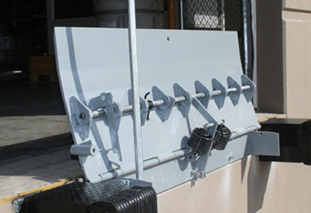 What are the Design Highlights and Benefits of Serco Air Powered Edge-of-Dock for Commercial Loading Docks in Austin, Texas