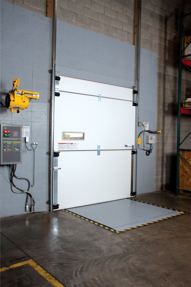 What are the Design Benefits a TKO Verticool Cold Storage Dock Door for Food And Beverage Operation in New Orleans, LA