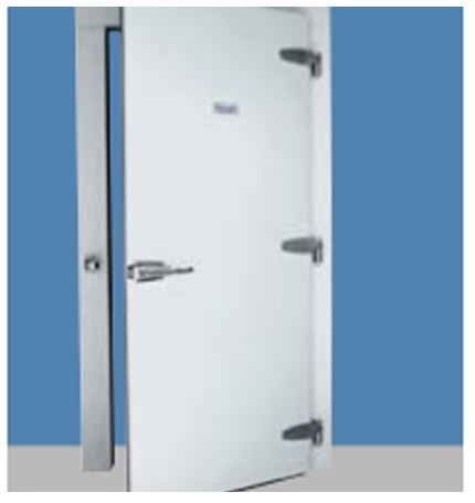 What are the Benefits of a Hercules Infitting Hinged Freezer Door for Cold Storage Facilities in Sterling, VA?
