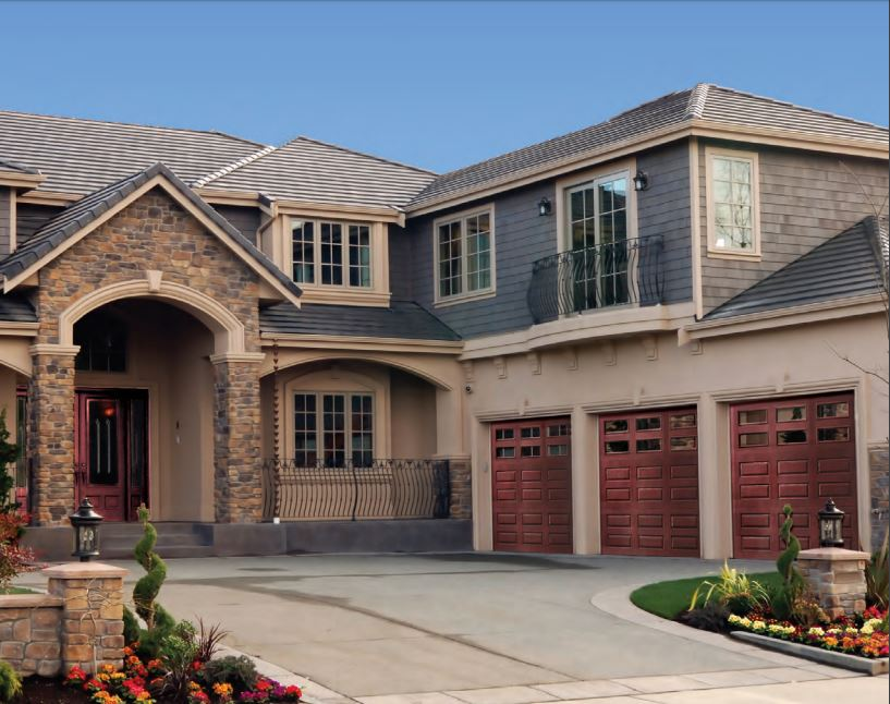 Why Choose an Overhead Door Impression Collection Garage Door To Be Installed in Your Residential Home in Orlando, FL