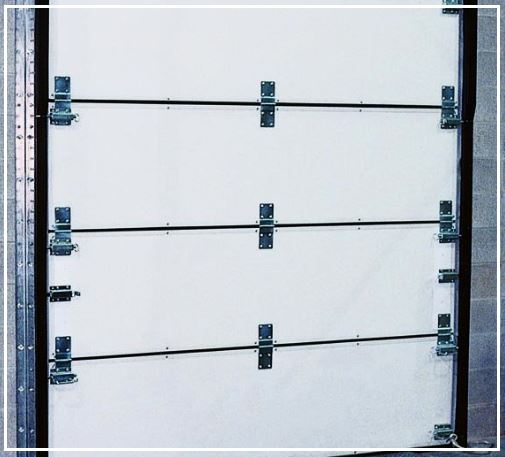 What are the 8 Design Benefits of TKO Thermalweight Knock-Out Door for Food & Beverage Industries in Connecticut?