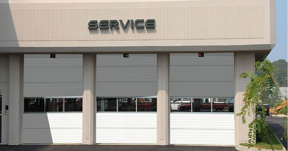5 Tips for Choosing a Commercial Garage Door Company in Arizona