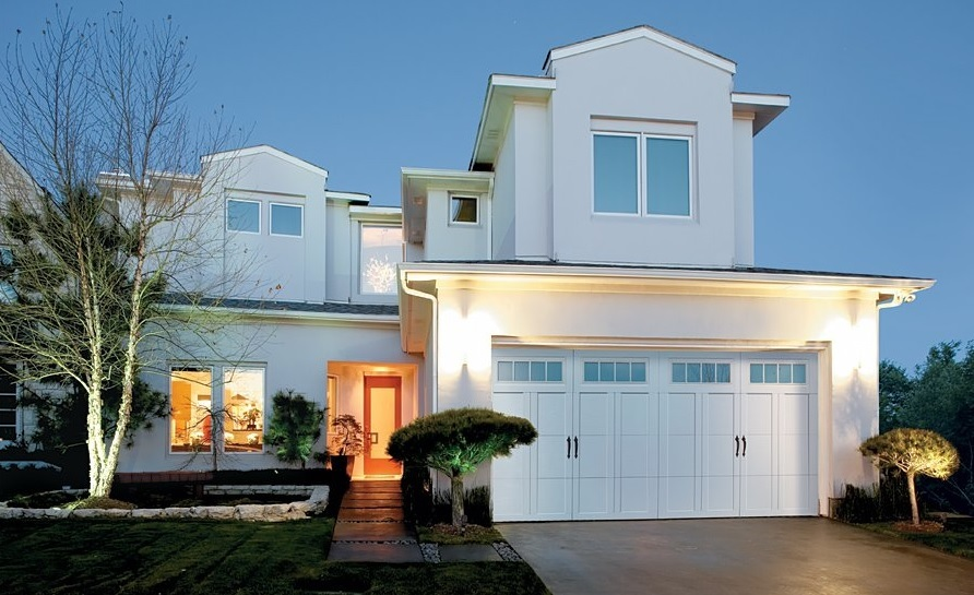 Why Choose Overhead Door – Courtyard Collection Garage Doors for Your Homes in Charlotte, NC?
