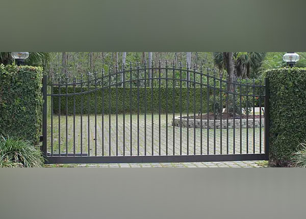 Hurricane Season Security Tips for Residential Gates in Fort Myers, Fl