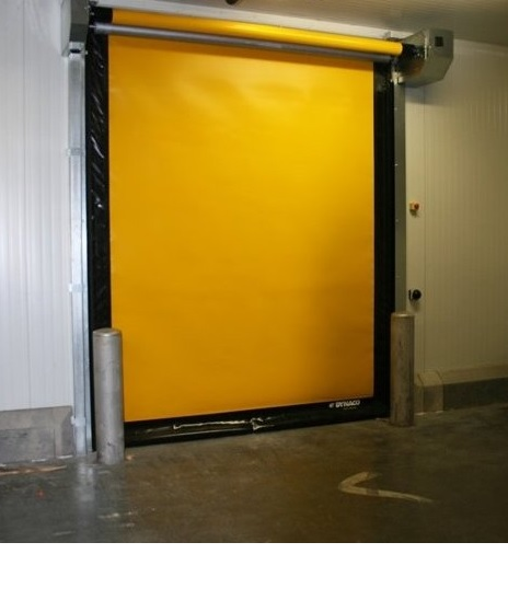 What is the Difference Between an Air Curtain and Strip Curtain for Warehouse Cold Storage in Miami, FL?