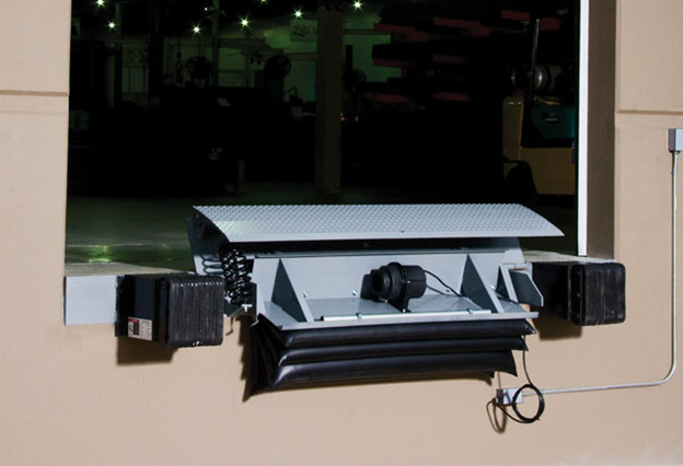 Kelley KA Air-Powered Edge-Of-Dock Leveler